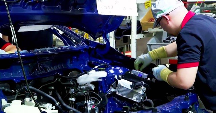 фото процесса сборки японской Тойота Авенсис: где собирают Тойота Авенсис