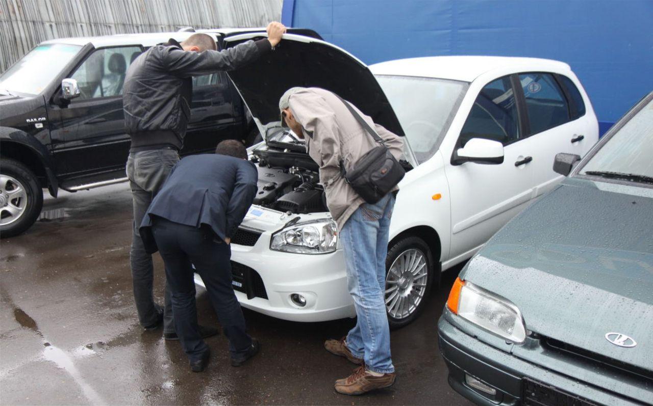 Как не обмануться при покупке подержанного автомобиля