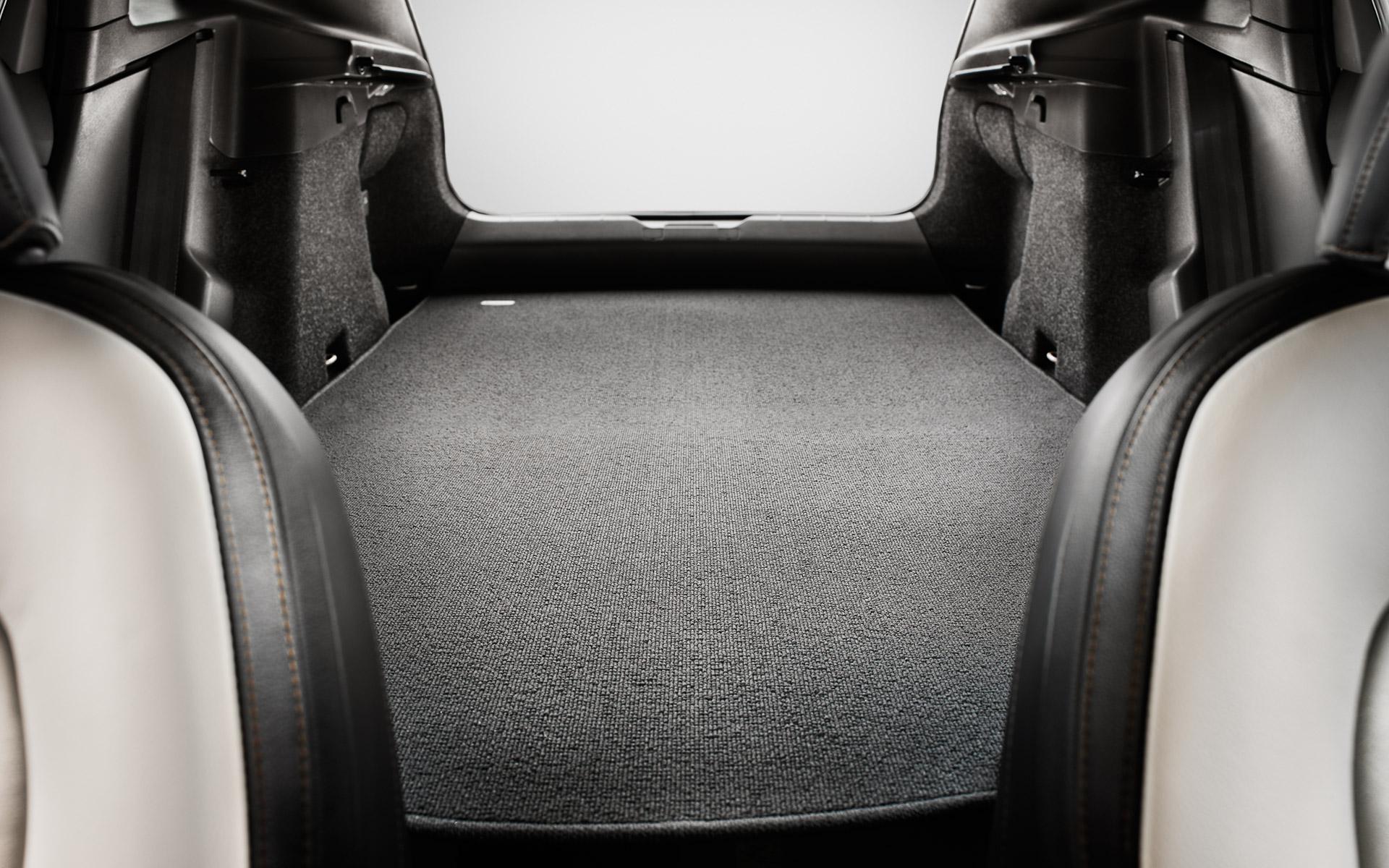 Volvo V40 Cross Country Багажник