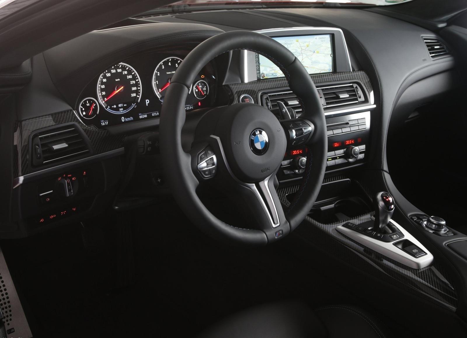 BMW M5 2014 приборная панель