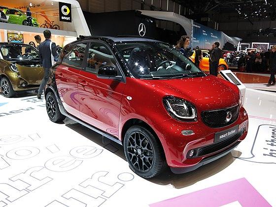 Smart forfour – премиальный автомобиль для активной жизни в городе