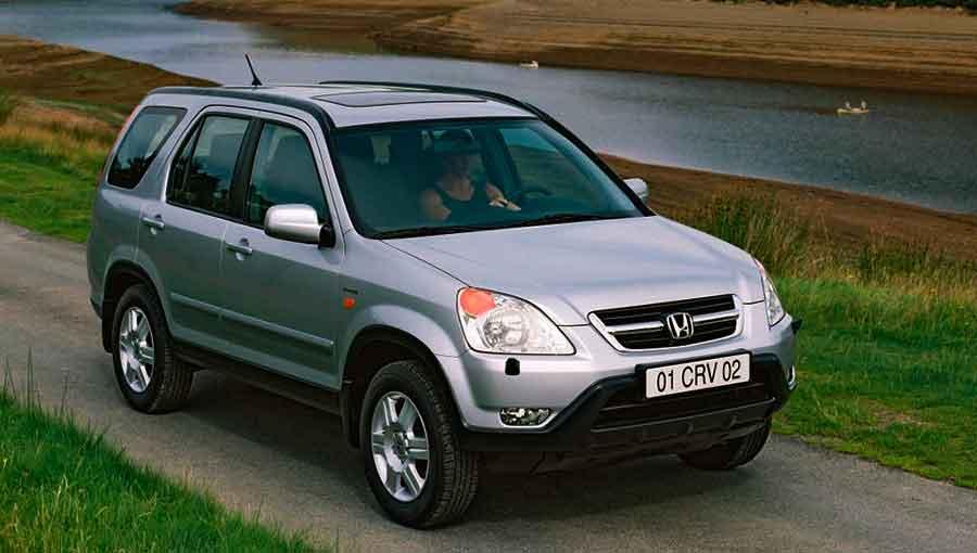 Меняем масло на CR-V 2 поколения 2001-2006 годов выпуска
