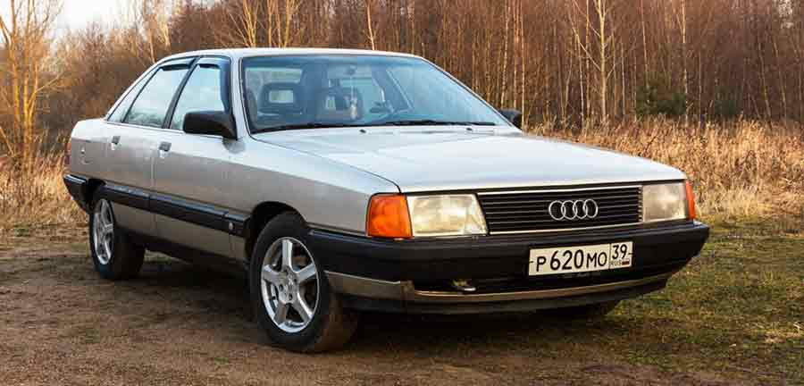 Меняем моторное масло на Audi 100